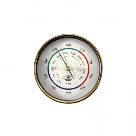 <p>Deze messing barometer van de Mini serie is van het bekende merk Delite. De barometer is voorzien van een witte wijzerplaat met een prachtige drie kleurige decoratielijn. Door het strakke ontwerp is het duidelijk af te lezen wat de luchtdruk is en door de zilveren wijzer kunt u de luchtdruk vastzetten van een vorige meting.<br /><strong>Afmetingen:</strong> 90 mm doorsnede <strong>Materiaal:</strong> messing</p>