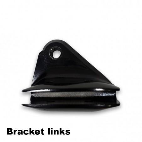 <p>Reserve linker bracket voor de standaard types Ruddersafe. Let op deze linker bracket kan niet worden gebruikt voor de Volva Penta Ruddersafe types!</p>