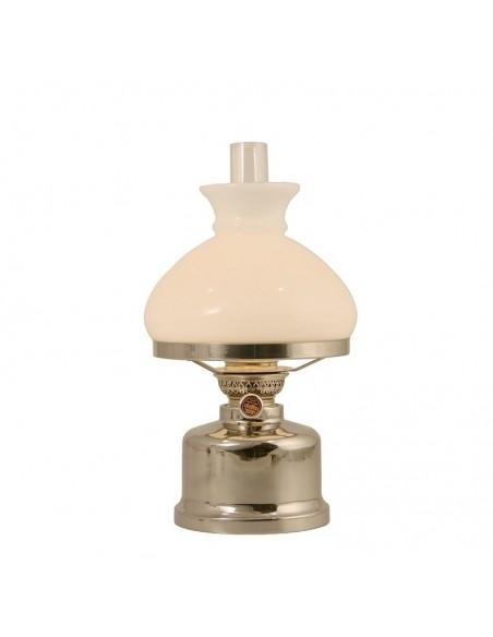 <p>Deze mooie Old Danisch Olielamp van Delite uit Denemarken heeft een prachtig klassiek uiterlijk. De tafel lamp heeft een inhoud van 650 ml wat zorgt voor ongeveer 34 uur brandtijd. <br /><strong>Afmetingen:</strong> 310 ml <strong>Materiaal:</strong> glanzend rvs</p>
