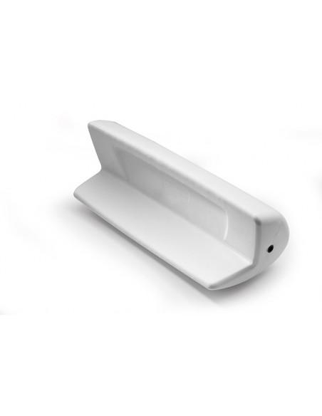 <p>Deze achtersteven beschermer Match 80 van Ocean zorgt voor een goede bescherming van je boot. De stootwil is gemaakt van polyurethaan wat zorgt voor een lange levensduur door zijn duurzaamheid en wordt exclusief touwen geleverd. Deze fender is geschikt voor zwemplatformen vanaf 15 cm dikte en kan niet leeglopen. <br /><strong>Afmetingen:</strong> 66 x 28 x 24 cm <strong>Kleur:</strong> wit</p>