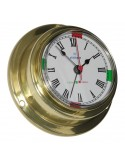 <p><span>Deze Altitude quartz klok is een klok met een prachtig strak design! Hij is vervaardigd van hoogwaardig messingen voorzien van een acrylglas. De klok bevat radio stilte sectoren en een alarm functie! Wat handig! De klok staat prachtig in een boot of schip, maar is ook zeer geschikt voor in huis.</span><br /><strong>Afmetingen:</strong> 95 mm doorsnee / 40 mm diepte<strong> Materiaal:</strong> messing / acryl glas (pmma)</p>