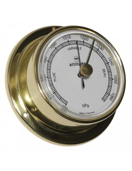 <p>Eenluxemessingbarometer in Engelse uitvoering van Altitude! Door de stevige messing behuizing kan de barometer gemakkelijk opgehangen of vast gemaakt worden. De barometer is afkomstig uit Denemarken van het wel bekende merk Delite! En heeft 3 jaar garantie vanaf de aankoopdatum! <br /><strong>Afmetingen: </strong>71mm doorsnede / 29mm diepte <strong>Materiaal:</strong> messing / acryl glas (pmma)<br /><br /></p>