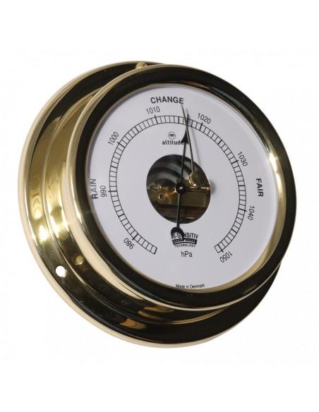 <p>Zeer elegante en handige barometer in engelse uitvoering, gemaakt van 0,8 mm messing en acryl (pmma) van beide zeer hoge kwaliteit! De barometer hoort tot het mooie merk Altitude en geproduceerd door het welbekende Delite in Denemarken en heeft 3 jaar garantie vanaf de aankoopdatum. <br /><strong>Afmetingen:</strong> 127 mm doorsnede / 30 mm diepte <strong>Materiaal:</strong> messing / acryl glas (pmma)</p>