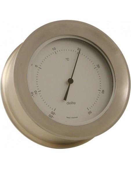 <p>Stijlvolle thermometer afkomstig uit de Zealand serie van het geweldige merk Delite! De thermometer is gemaakt van mat rvs met witte wijzerplaat en het instrument is op te hangen zonder dat de schroeven erna te zien zijn door het handige klik systeem. De thermometer heeft een indeling met Celsius. <br /><strong>Afmetingen:</strong> 110 mm doorsnede / 45 mm diepte <strong>Materiaal:</strong> mat rvs</p>